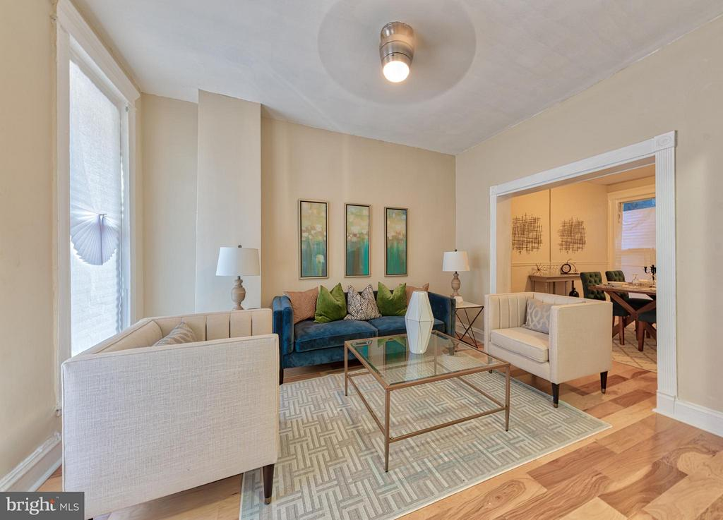 Beautifully well remodeled interior row house, in Charles Village, near Hopkins... Property has New Kitchen, new ceramic and hardwood floor, central a/c and many more amenities.  Call LA for showing instructions.