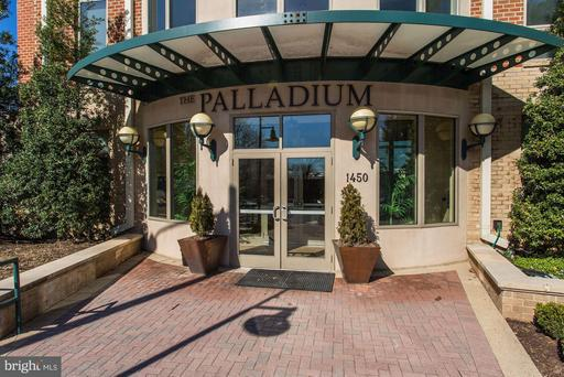 1450 Emerson Ave #314, McLean 22101