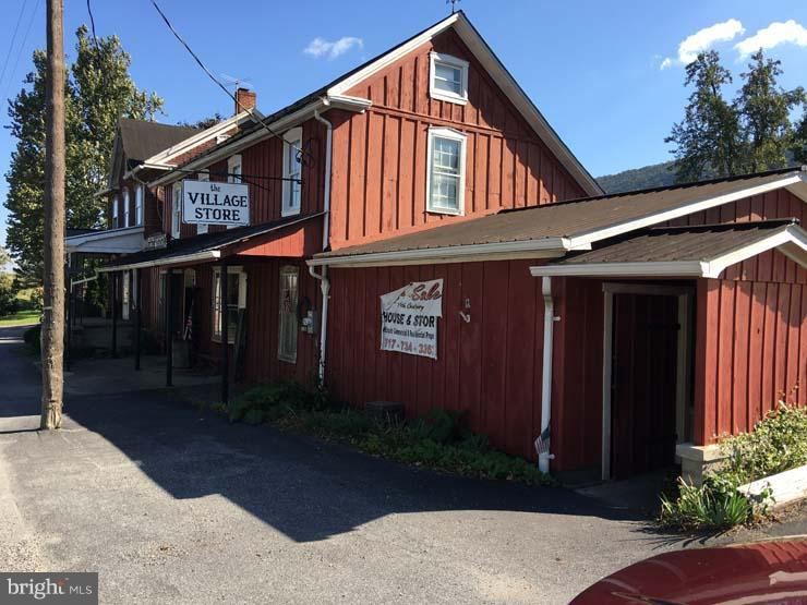 2014 ROUTE 75 S, EAST WATERFORD, PA 17021