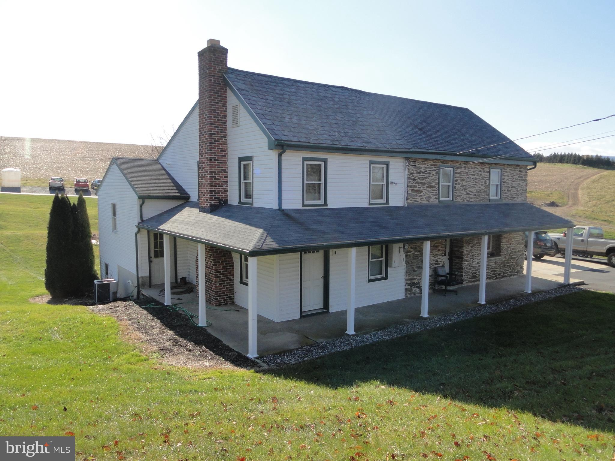300 DOUTS HILL ROAD, HOLTWOOD, PA 17532