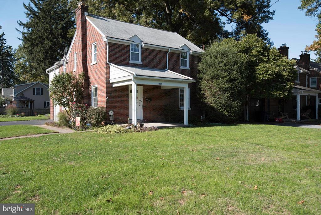 Brick 2-Story, wonderful Manheim Twp. location, adjacent to Grandview Heights. Solid/good bones with some nice features, a lot of built-ins, hardwood floors, replacement windows, central air, 2nd floor laundry, 4-Bedrooms, corner lot.