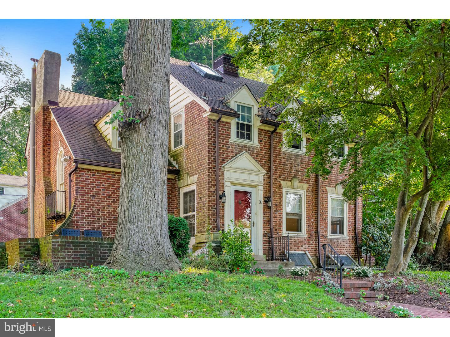 37 Overbrook Parkway Wynnewood, PA 19096