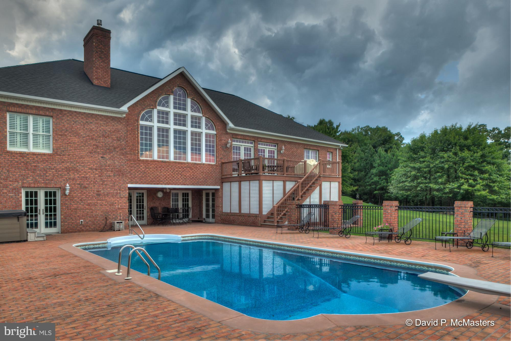 224 ONYX DRIVE, HEDGESVILLE, WV 25427