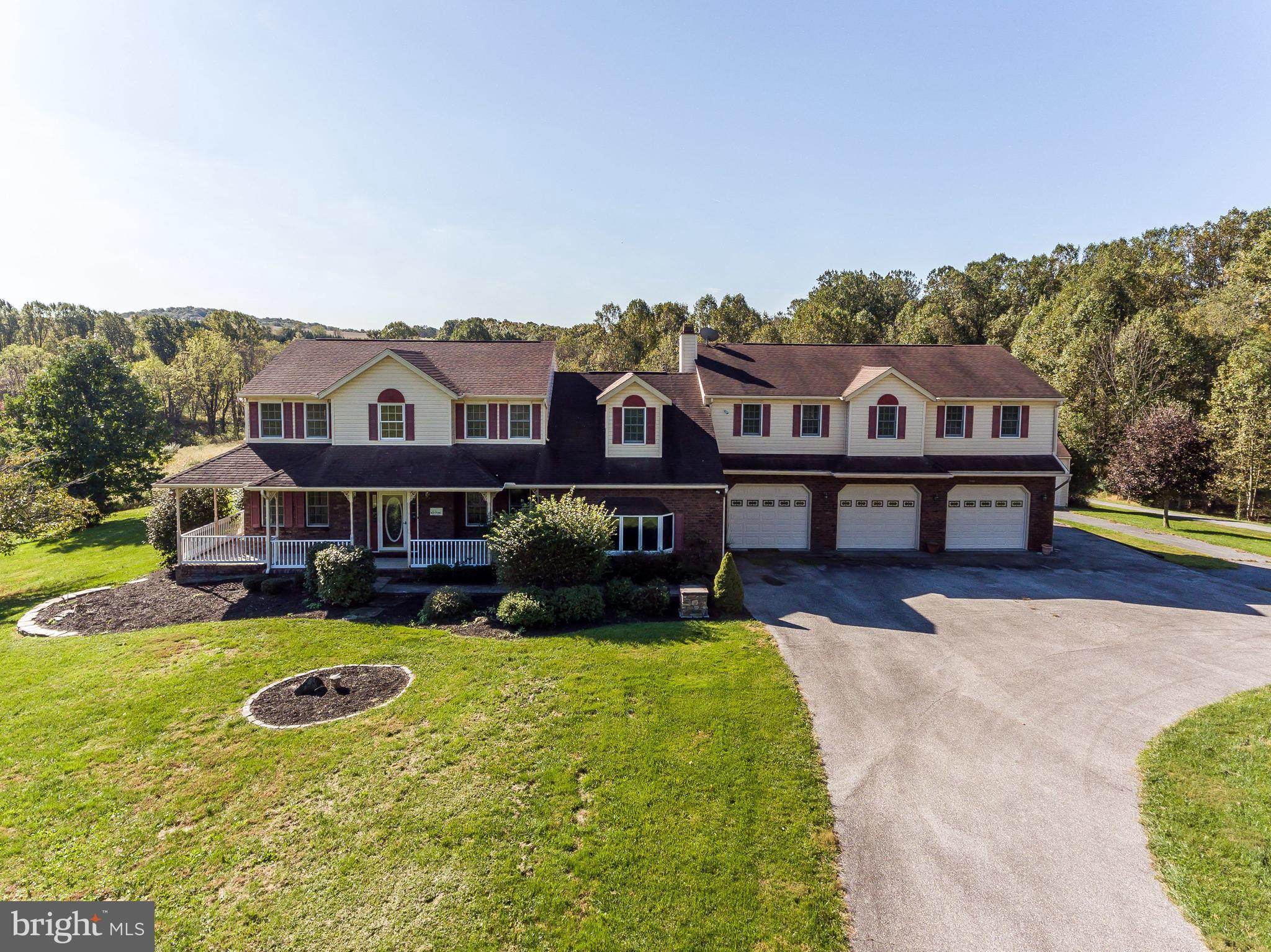 665 LAKE DRIVE, WESTMINSTER, MD 21158