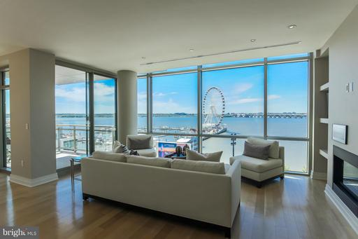 147 Waterfront St #301, National Harbor, MD 20745