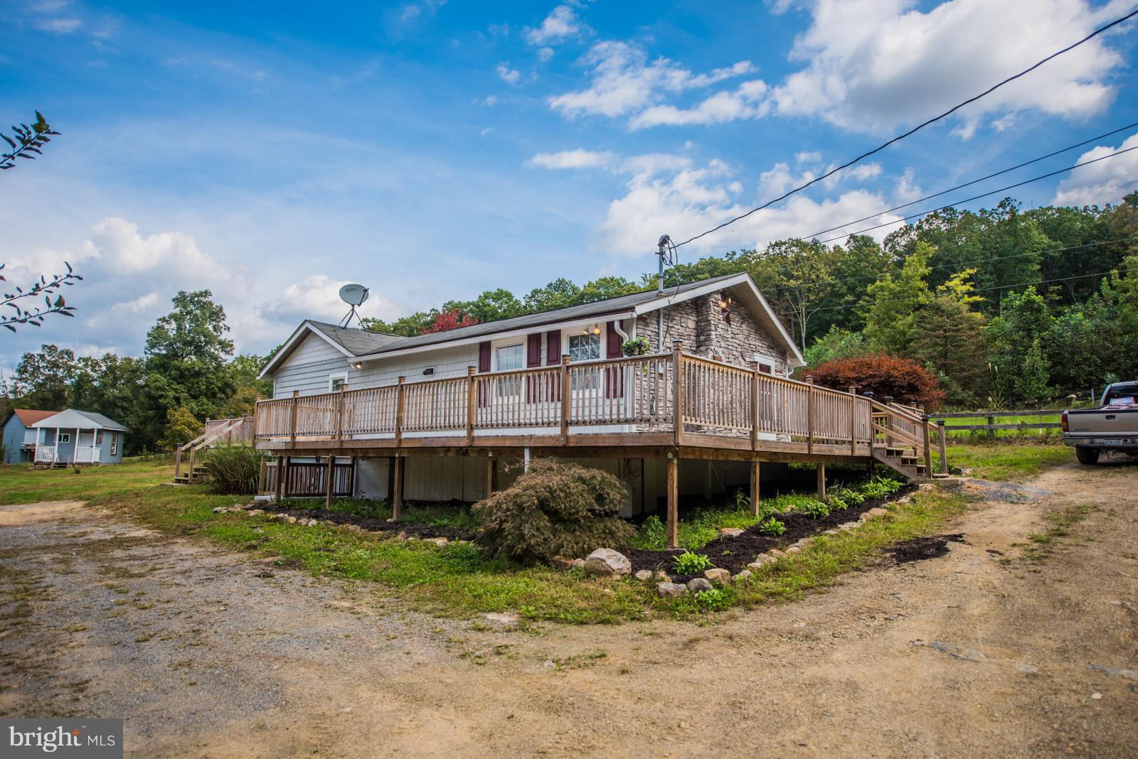 283 BROOKLYNS WAY, GREAT CACAPON, WV 25422