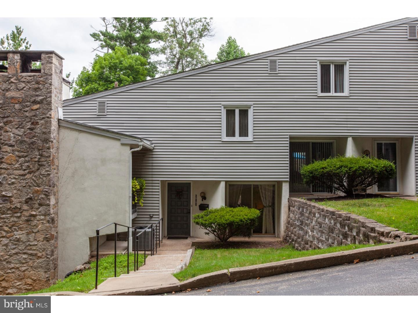 311 Belpaire Court Newtown Square, PA 19073
