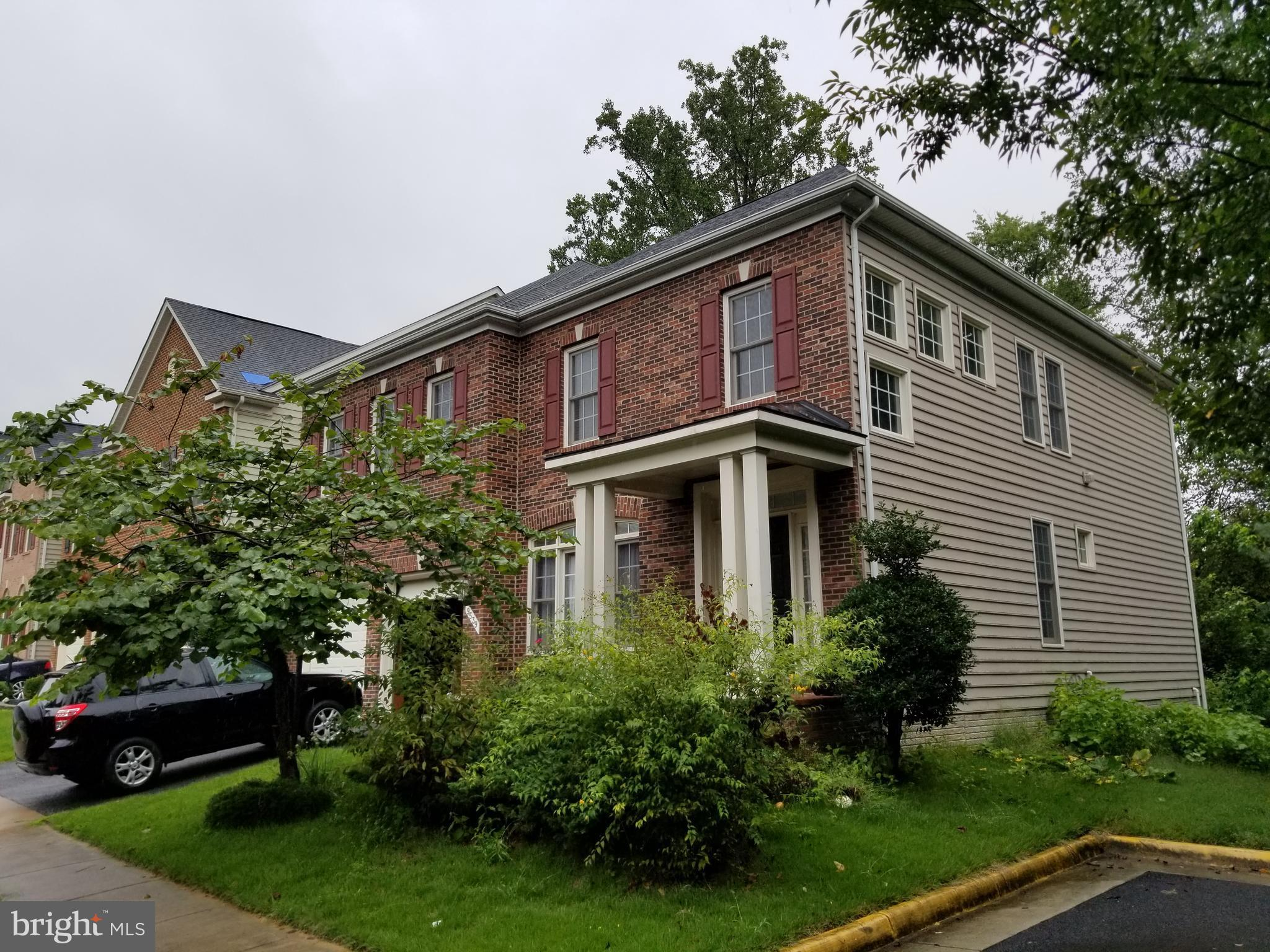 Back on the Market~1st Lender Approved Price. One of the Best Community in Lorton. Only for Qualified Buyer. Seller Prefers 1) AS-IS Sale 2) NO Financing Contngncy 3) Elim Title. 1st Lender Approved Price.