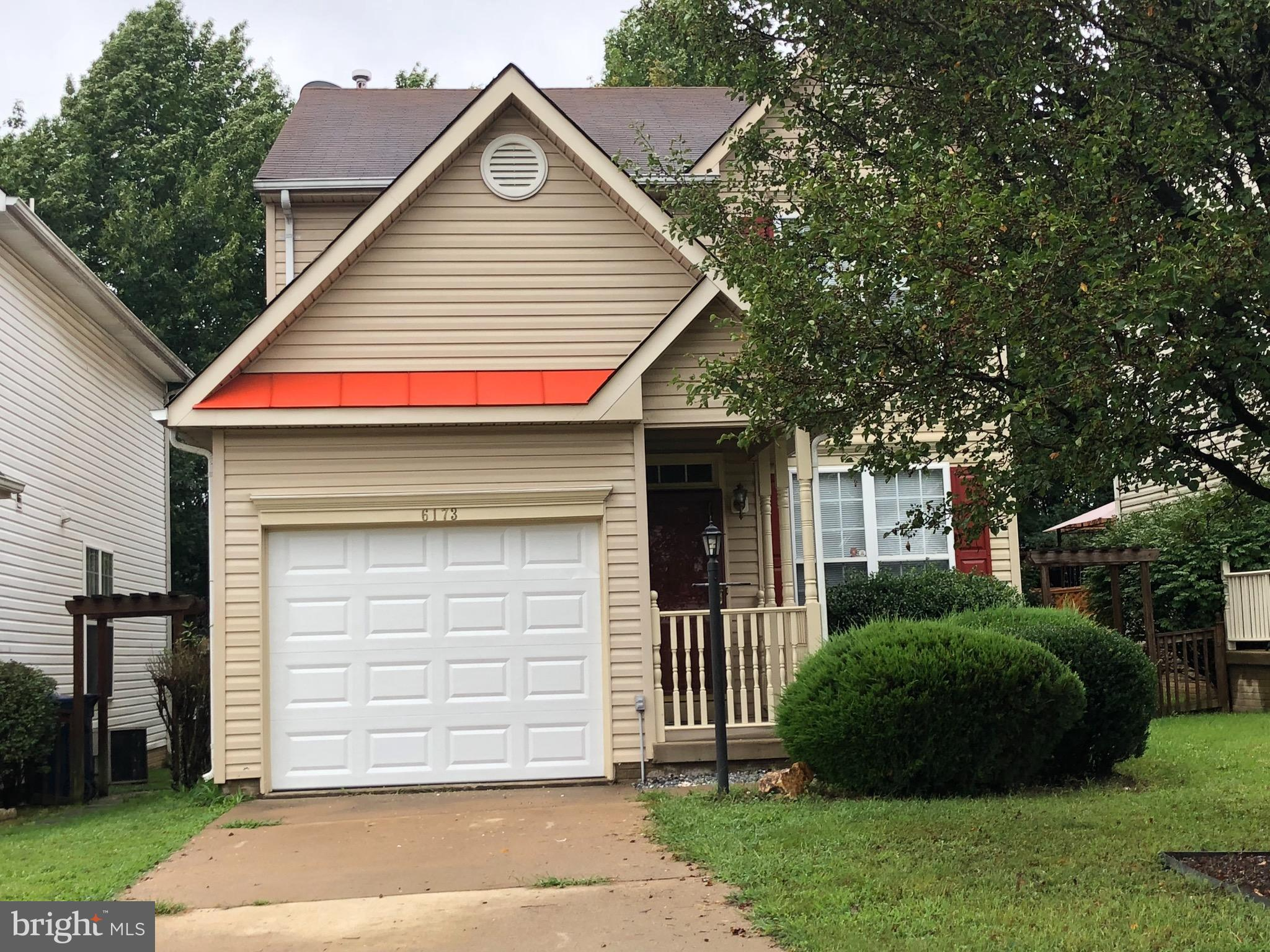 Gorgeous single family* three bedrooms* three and half bath* fresh paint, new carpeting*Master bedroom with 2 walk-in closets* nice backyard and deck* finished basement*You~ve got to see it*ready to move-in*