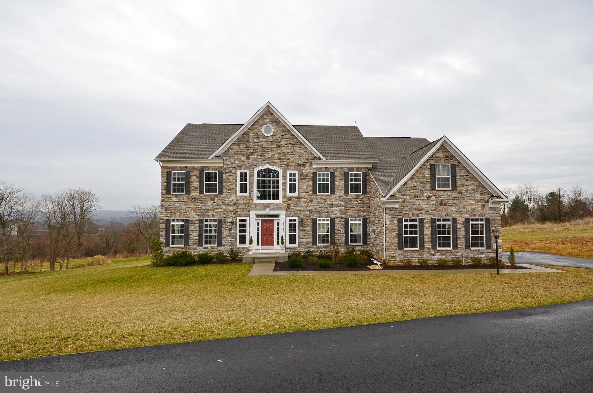 13232 WATERFORD VIEW COURT, LOVETTSVILLE, VA 20180