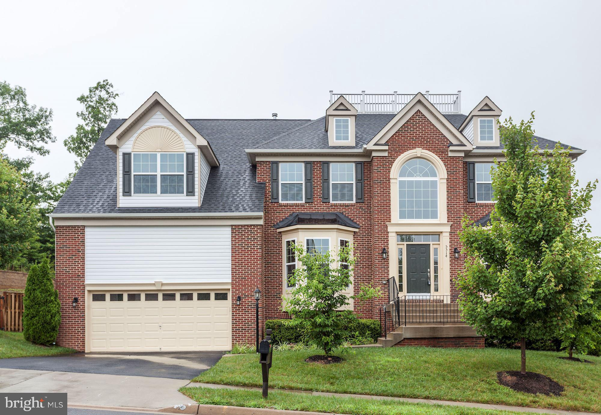 Awesome 4-Yr Old Colonial With Over 5,600 Total Sq Ft in Upscale Neighborhood*Grand 2-Story Foyer w/Coffered Ceiling*Gourmet Kitchen w/Granite & Breakfast Room & Bar, Gas Cooktop on Center Island*Office*Separate Dining*Formal Living*Family Rm w/Fireplace*Master w/High Ceilings, Large Bathroom & Walk-In Closet*Finished Walkout Basement*Shows Like a Model.