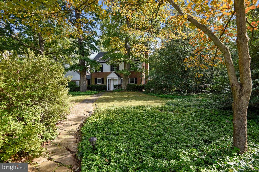 Wow! Classic center hall colonial on a huge property. Renovate, add on, build new or possibly subdivide this 26,000 + sq ft lot. Near transportation, NIH, Walter Reed and downtown Bethesda.  This is your chance to own a prestigious Bradley Blvd estate!