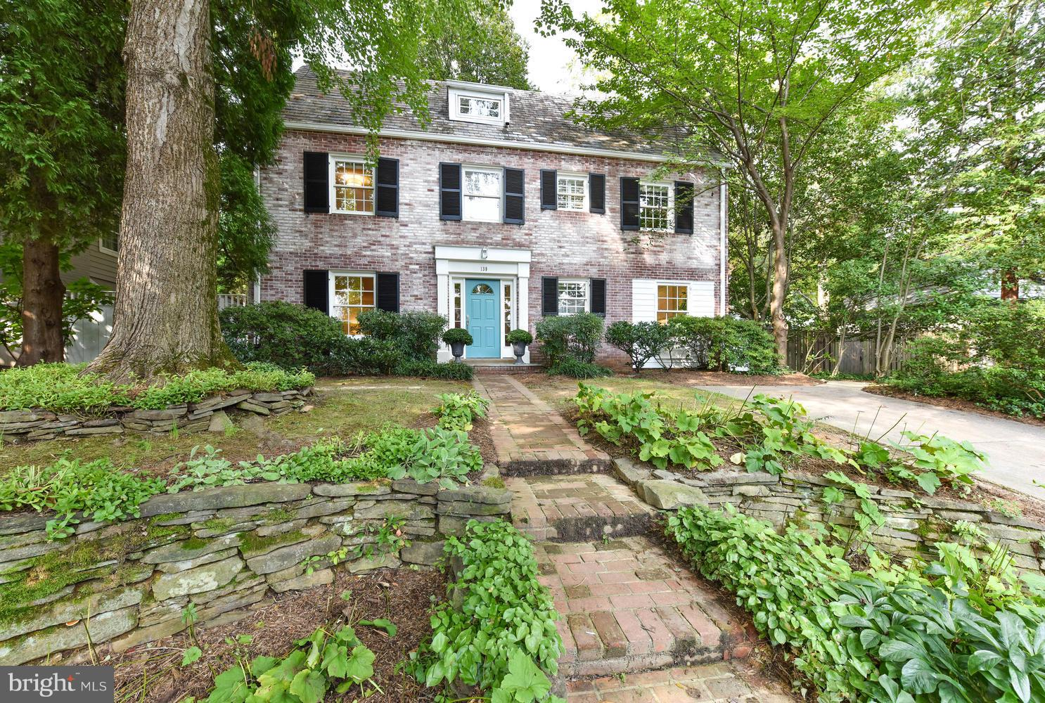 139 HESKETH STREET, CHEVY CHASE, MD 20815