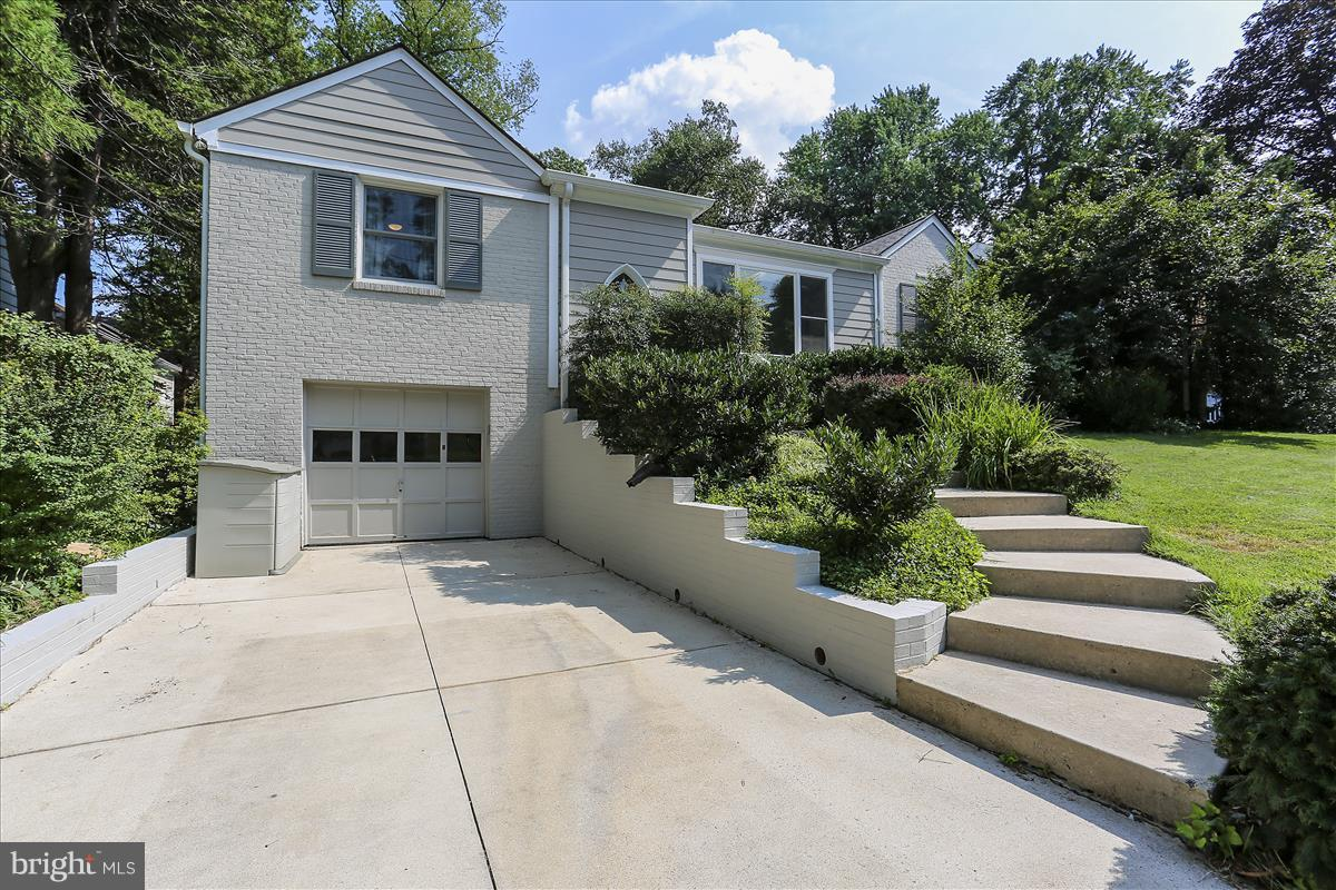 7012 GREENVALE PARKWAY, CHEVY CHASE, MD 20815