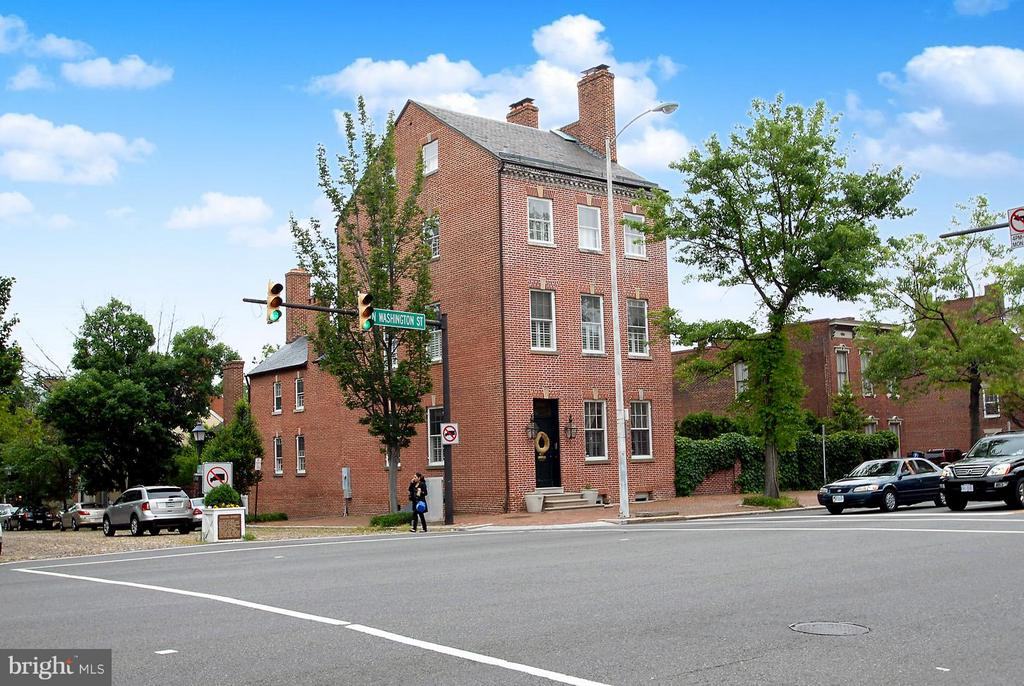 $245,000 price reduction.  Zoned CD. Current use is residential. Refer to Alexandria Zoning code 4-502 for permitted uses. Great location in the heart of Old Town!