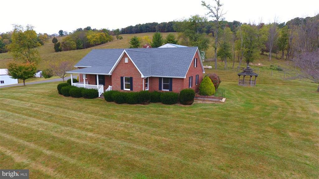 266 MCKINLEY ROAD, MIDDLEBROOK, VA 24459