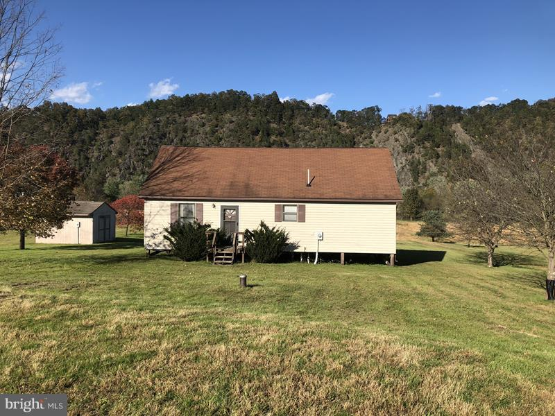 185 LAZY RIVER ROAD, GREEN SPRING, WV 26722