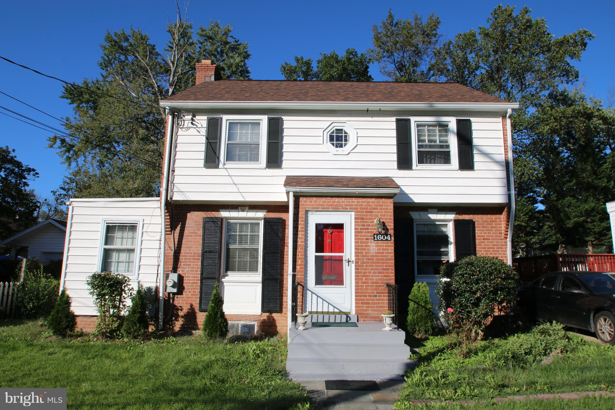 1604 OAKVIEW DRIVE, SILVER SPRING, MD 20903