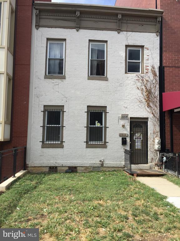 RARE OPPORTUNITY IN SHAW TO  OCCUPY AND/OR REDEVELOP.  APPROVED FOR 5634 SF OF RES (6~ UNITS) CONTACT LISTING BROKER FOR MORE DETAILS AND OFFERING TERMS. BUYERS MUST BE REGISTERED AND SHOW EVIDENCE TO PERFORM PRIOR TO SUBMITTING LOI.