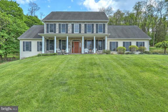 425 W WINDING HILL ROAD, MECHANICSBURG, PA 17055