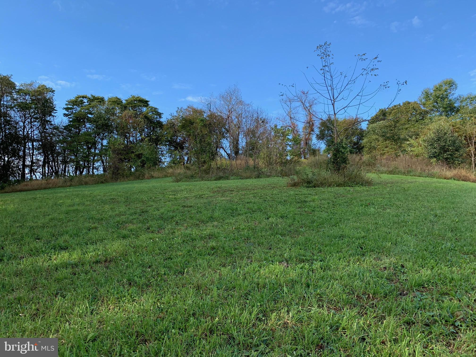 *Welcome to this Beautiful and Ready To Build 1.4 Acre Lot with Country Views in an established neighborhood and close to all Hampstead amenities*Well and Perc Approved*Bring your plans and builder!!!Priced below assessed value!!!