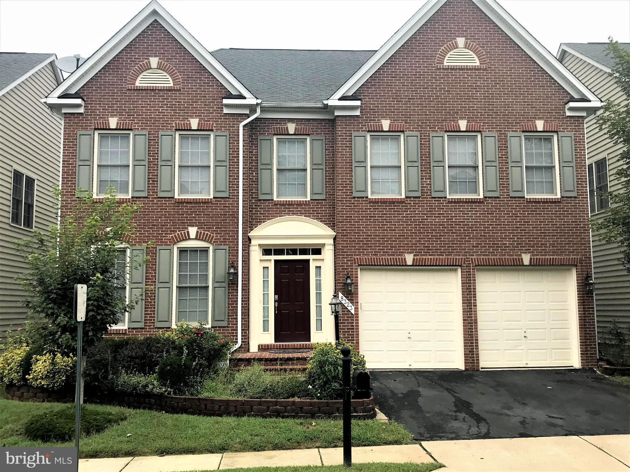 """Well maintained and shows well 5 Bd, 4.5 Ba, 2 owner home. Open floor plan, granite counters w/4 gas burner, 42"""" cabinets.  Bright morning/breakfast rm, built in cabinets & gas fireplace in family rm. Immaculately clean guest rooms w/ walk-in closets, spacious master BR w/ sitting rm and walk-in closet. Exercise/office rm with In-Law/AuPair Ste w/ inside access and rear walk-out entrance."""