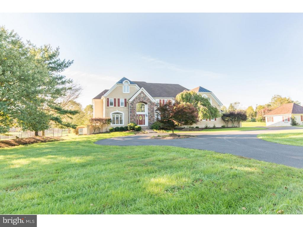 4 WINDY HOLLOW ROAD, NEW HOPE, PA 18938