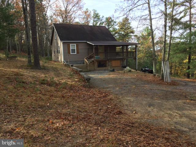 1423 BUCK RIDGES ROAD, FRANKLIN, WV 26807