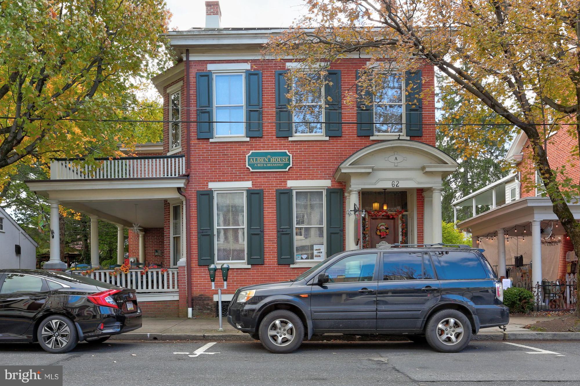 62 E MAIN STREET, LITITZ, PA 17543
