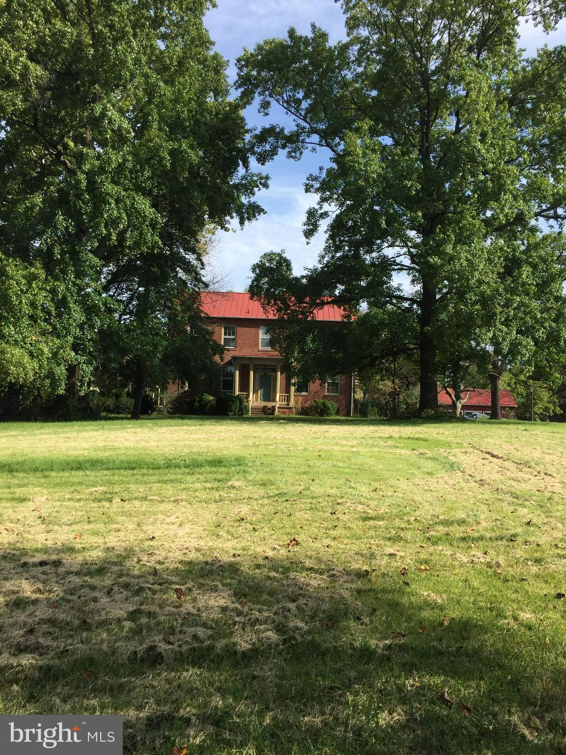 Historic Holly Knoll on 11+ a. w/idyllic approach (lawn care inc!) In add'n to 6 BRs & 4 baths, house includes lg. fam.rm., sunrm, spacious LR & library, mud rm, front & back porches, barn w/2 garage bays. 3 HVAC zones, huge windows, 8 fireplaces!, bucolic setting, yet very convenient to Rt.7, 286, 267, Dulles, Tysons. Photos do not do it justice! Step back in time & reflect on life in the 1800's!