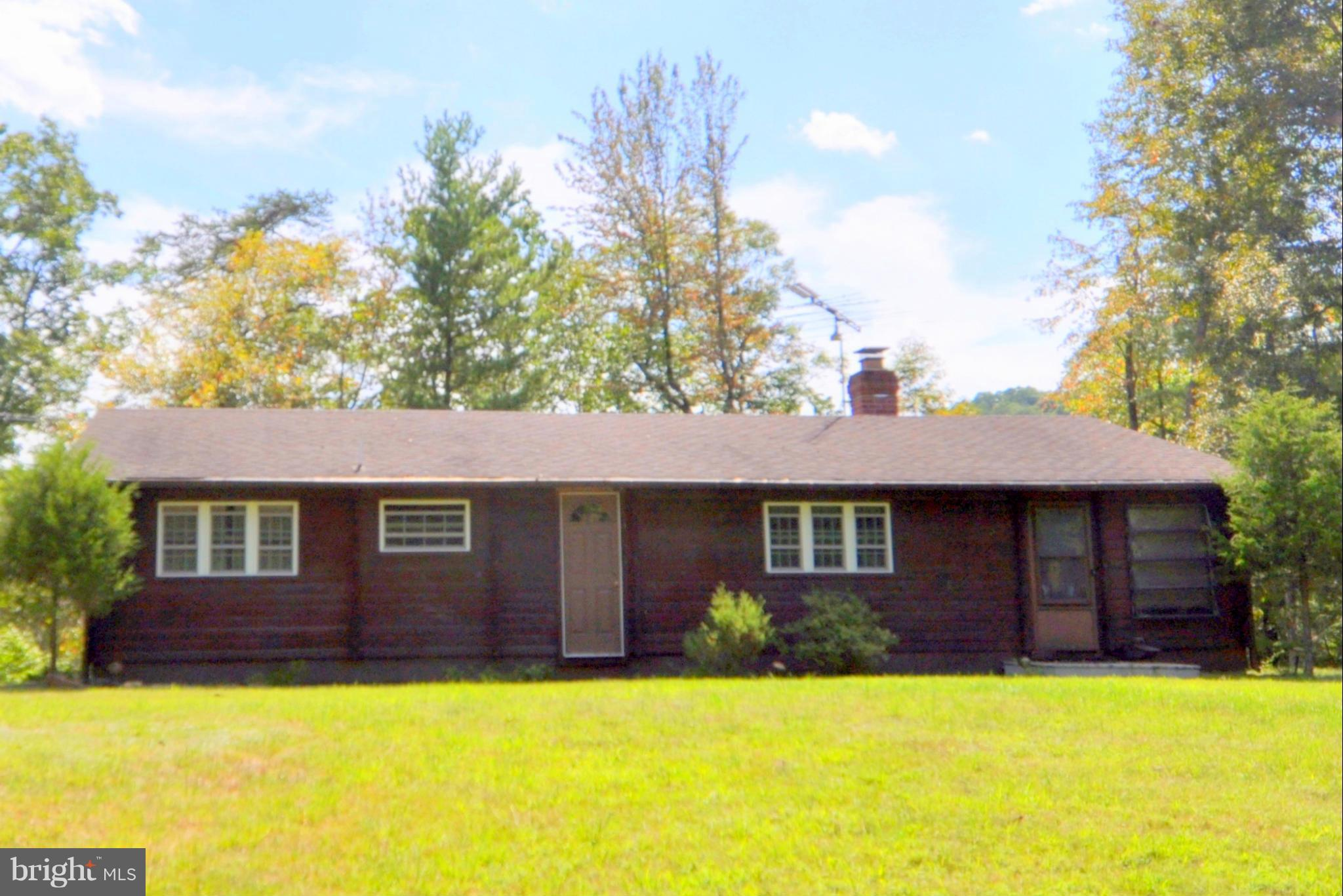 352 CLIFF DRIVE, PAW PAW, WV 25434