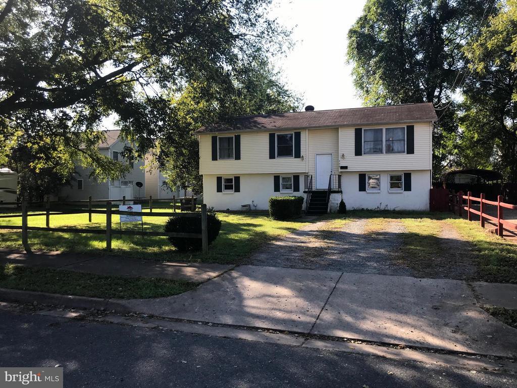 408 PALMER STREET E, FREDERICKSBURG, VA 22401