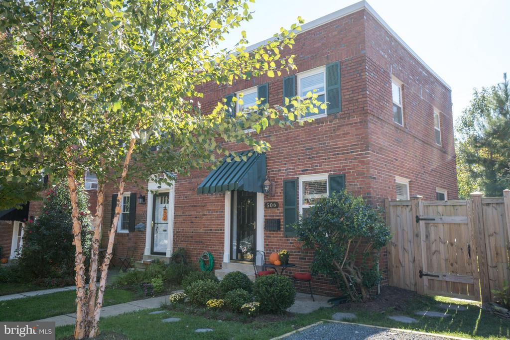 506 26th Rd S, Arlington, VA 22202