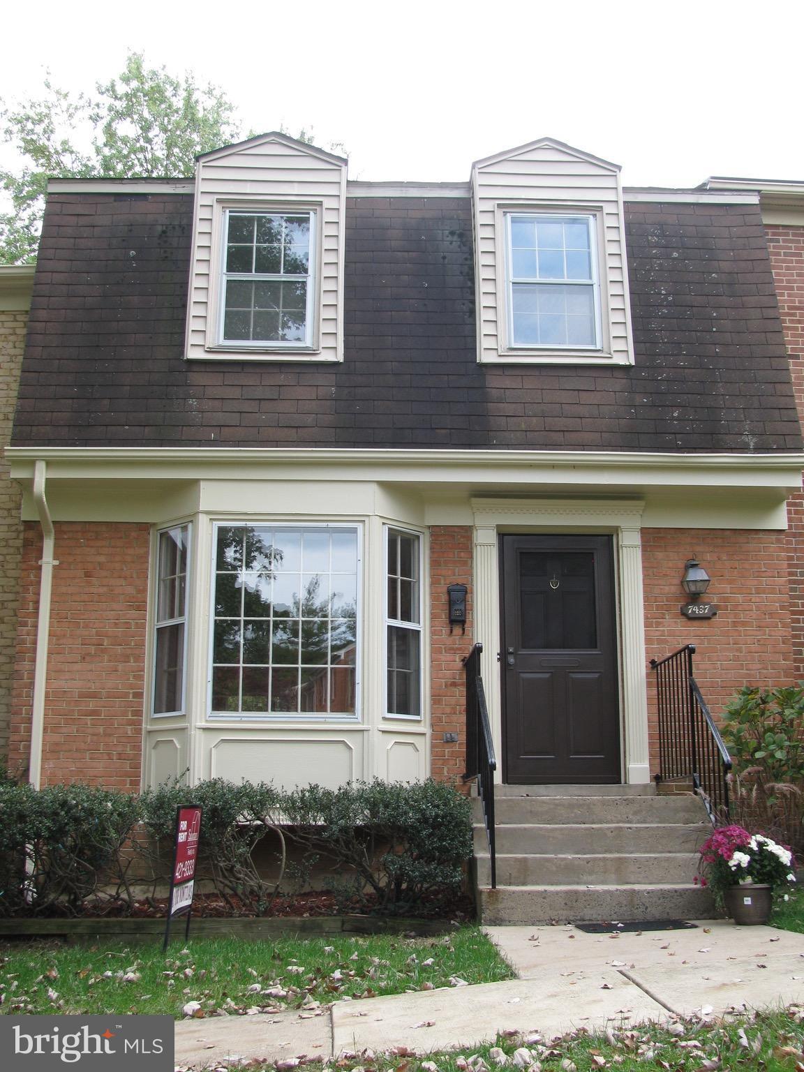 Residential Lease $2895 3 bd 3 ba 4 ba 1 bpt 1771 sqft 7437