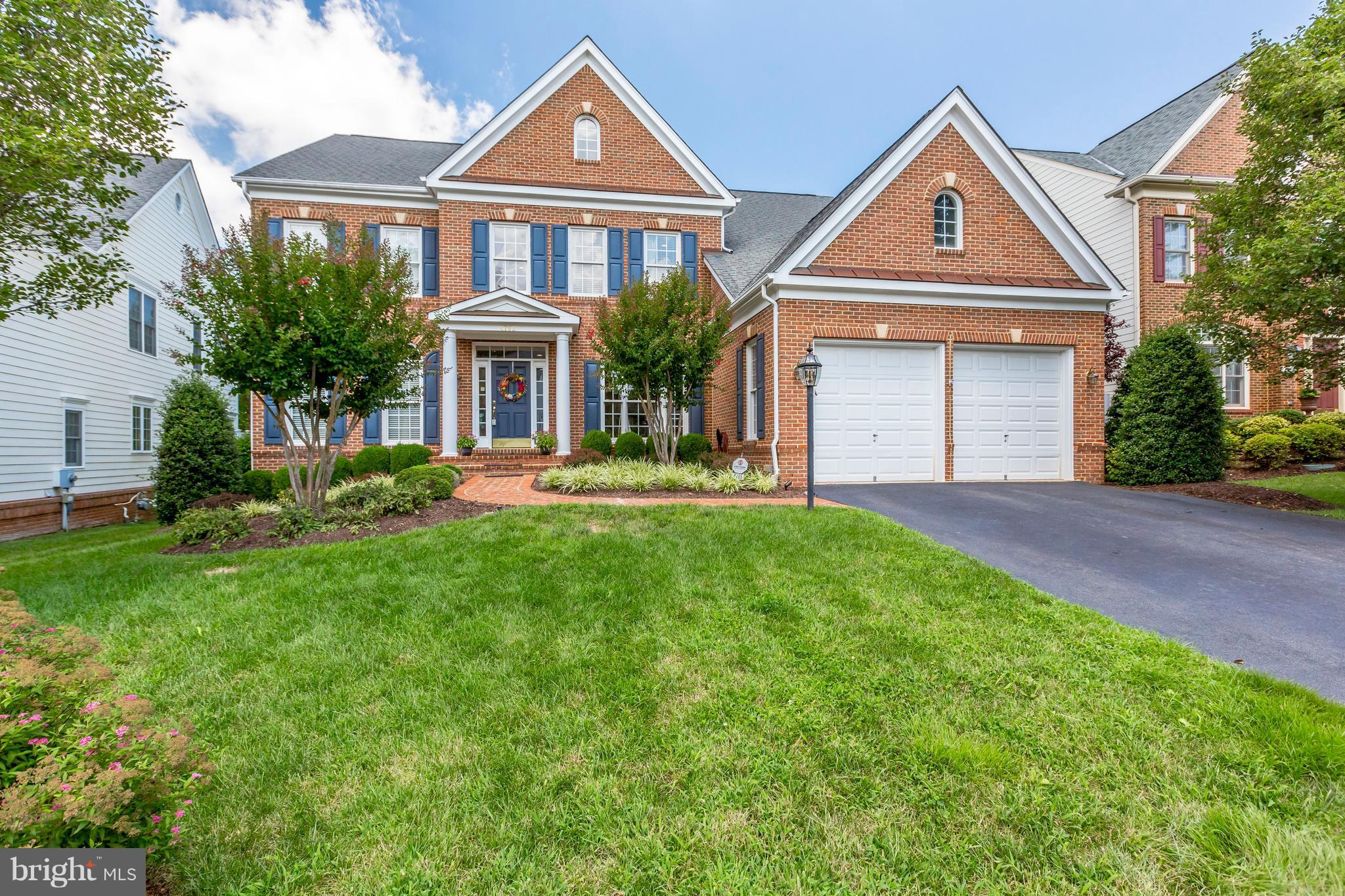 Superb 5BR/5.5BA Basheer Cliffhurst updated & expanded overlooking 14th fairway! Gleaming hardwoods on main! Chef's granite eat-in kitchen open to sunroom & 2-story FR! In-law suite on main! Office on main! Huge master suite w/ sitting room, dual head shower & soaking tub! Finished walk-up basement w/ full BA & space for 6th BR! Custom Trex deck w/built in gas grill! More photos in tour!