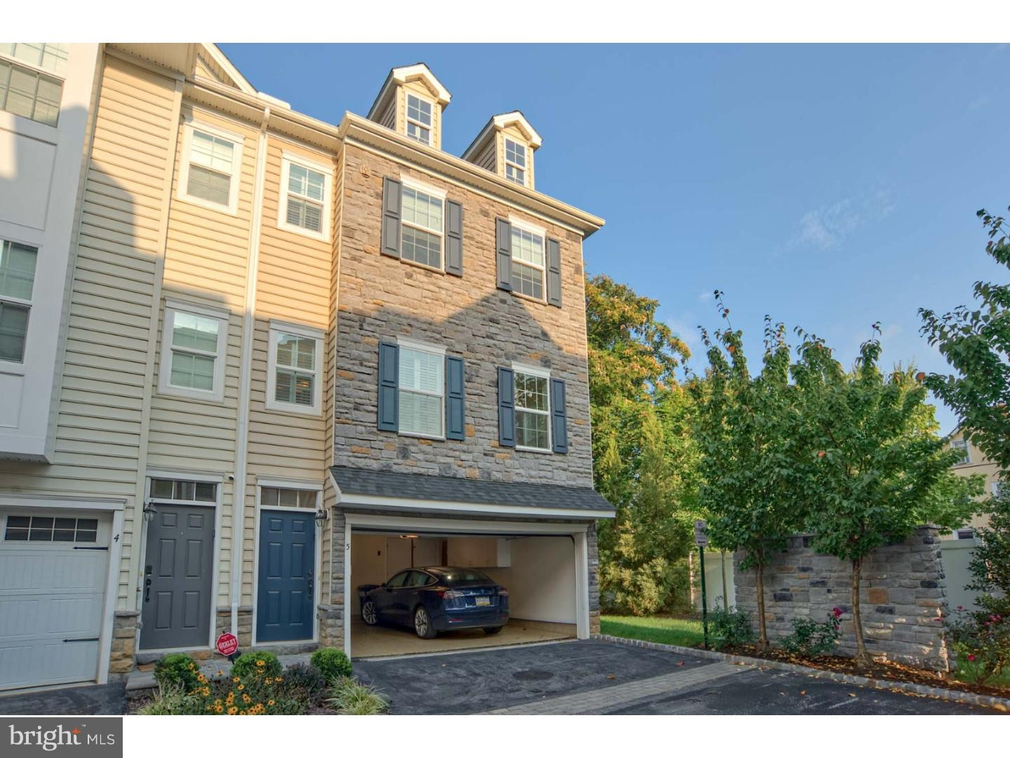 11 S Wyoming Avenue #5 Ardmore, PA 19003