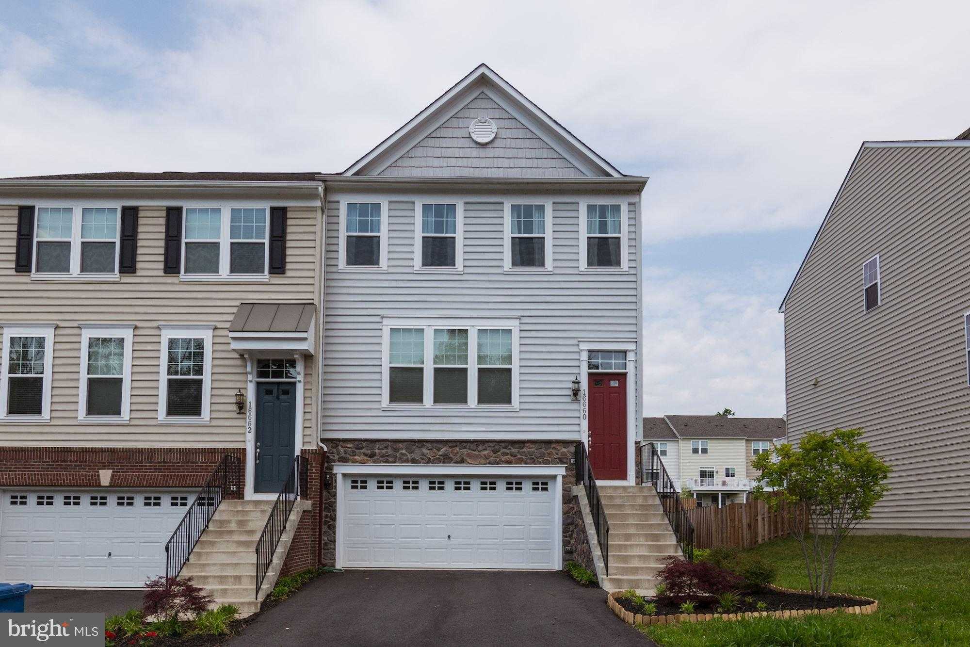 STUNNING STANLEY MARTIN END UNIT WITH HUGE FENCED IN YARD***UPGRADES THROUGHOUT WITH GORGOUS HARDWOODS, GRANITE, STAINLESS, BRIGHT, OPEN & AIRY***LARGE DECK**SPACIOUS BEDROOMS WITH SUPER MASTER SUITE & FANTASTIC BATHROOM WITH LARGE WALK-IN CLOSET***2ND & 3RD BEDROOMS ARE GOOD SIZES***GOURMET KITCHEN***