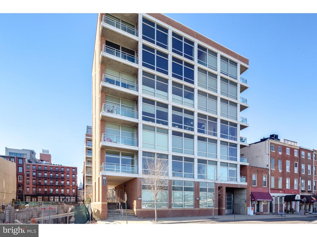 Beautiful 22 S Front Street Unit - Large open floor plan with lots of upgrades. Balcony provides a beautiful outdoor space with view of the garden. The open living area has gorgeous wood flooring and luxurious radiant heat. The kitchen has granite counter tops and stainless steel appliances with breakfast bar. Open living and dining room combination. Both bedrooms are large and light filled with ample closet space, huge walk-in closet in master bedroom. The master bath is complete with double vanity and large stall shower. Second bath is also complete with granite counter top and tub shower combo. There is a common roof deck as well. Unit is available Nov 1.  Photos are of a previous listing of this unit.