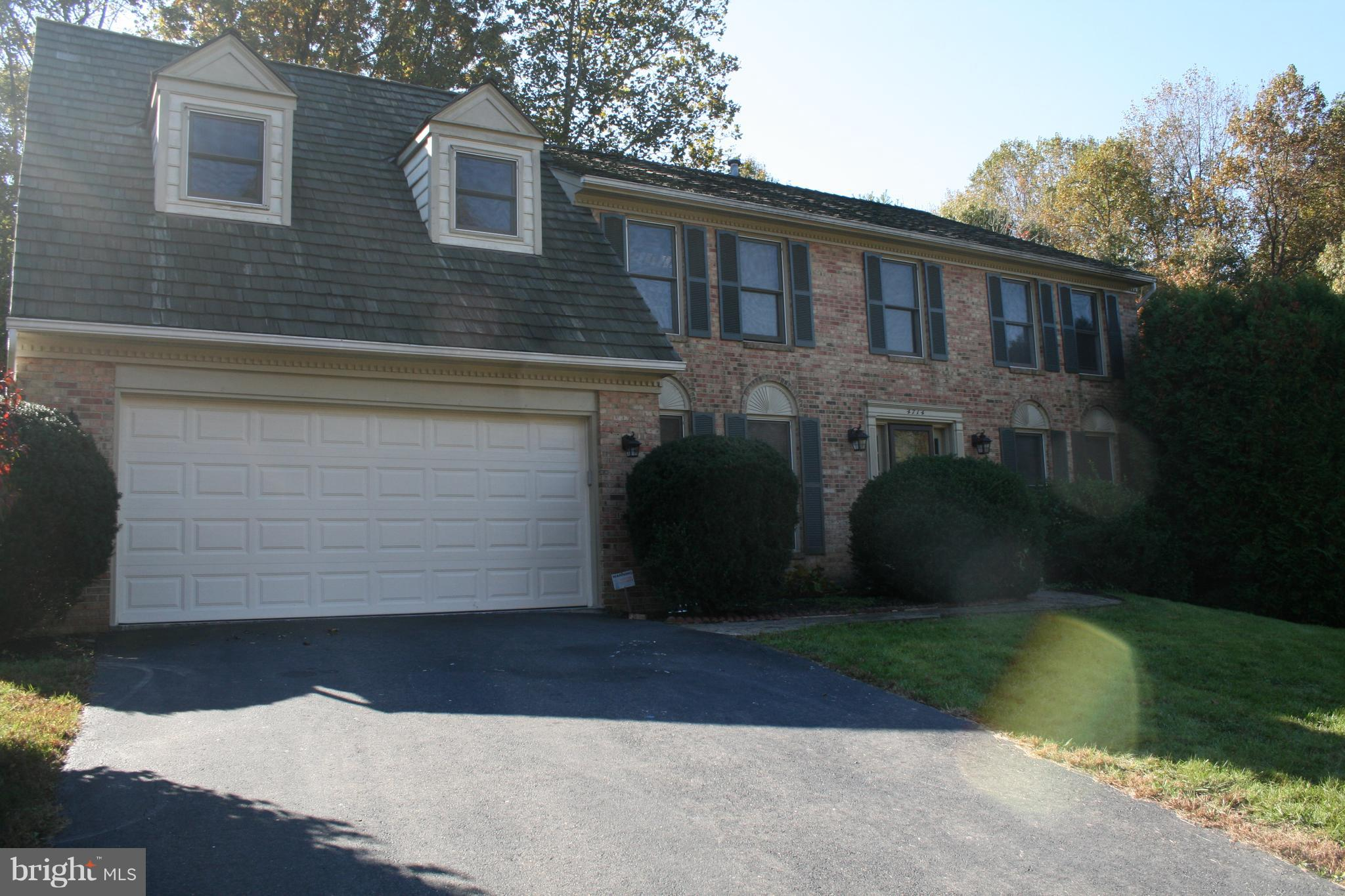 Quiet neighborhood, no thru traffic, close to highways, across Ox Rd to GMU. Beautiful  5 bedroom plus den with three full baths & powder room. Granite and SS appl. Fireplace in 2 story family room. Bedrm, Media, Den &. Rec room in walk out basement. New paint & carpet, Catwalk to master & view into family room. Nice back yard Southern exposure - Significant discount for longer than 12 month lease