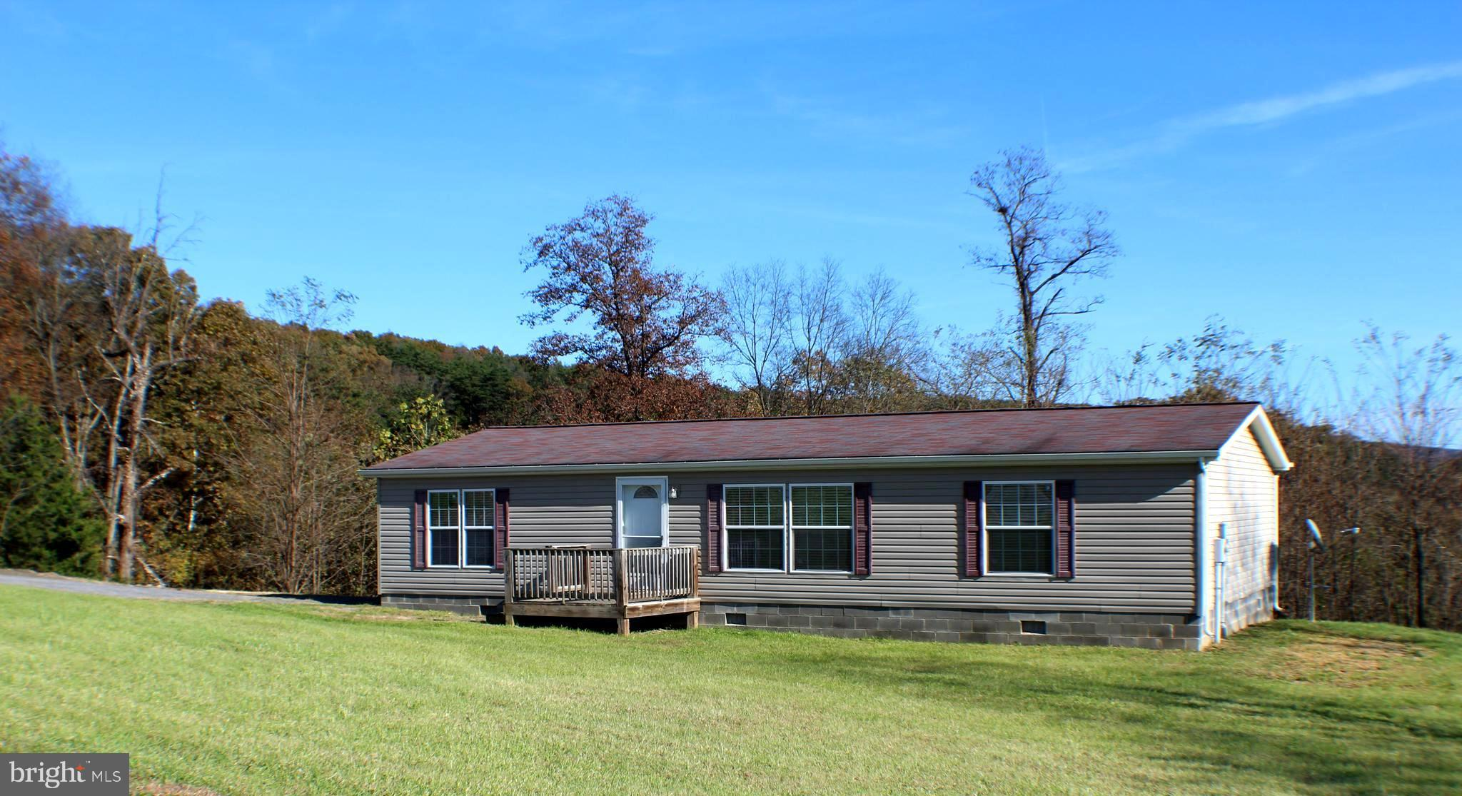 1039 HIGH POINT DRIVE, MAYSVILLE, WV 26833