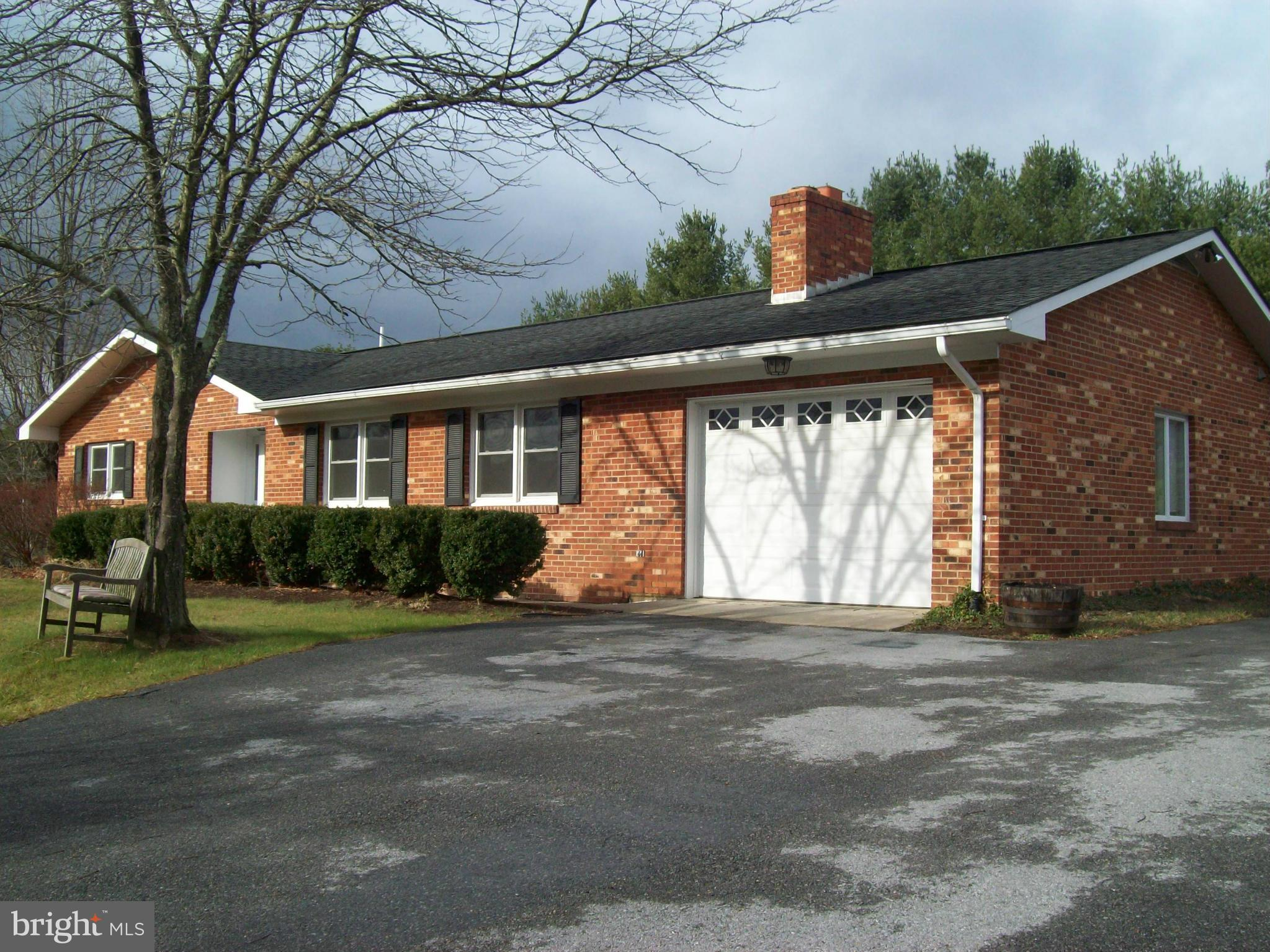 4995 FORT VALLEY ROAD, FORT VALLEY, VA 22652
