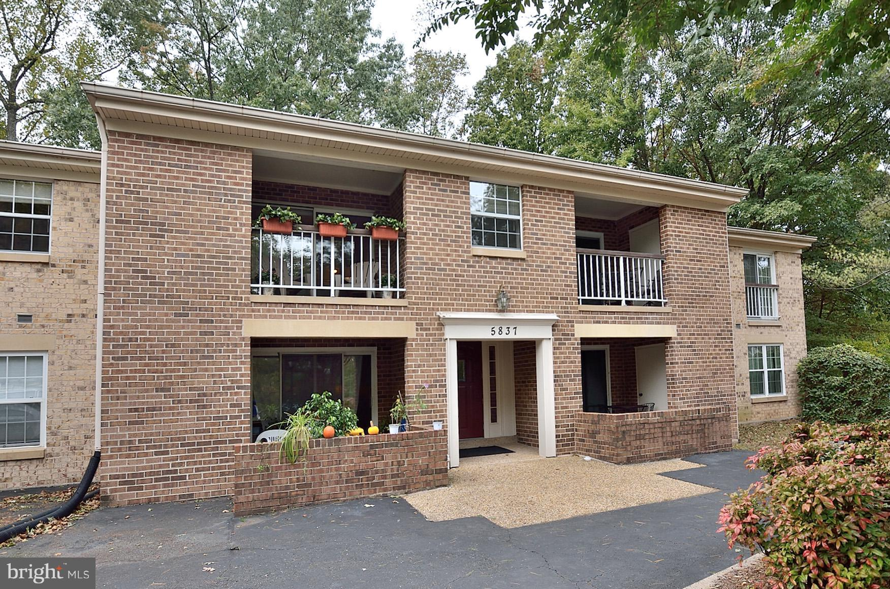 Gorgeous Light-Filled 3 BR/2 BA Condo in Burke Cove w/Over $25K in Upgrades Incl: HVAC with AIR Scrubber; Hot Water Heater, Beautifully Renovated Modern Bathroom w/Ceramic Title; Freshly Painted; & MORE!  Top Floor w/Open Floor Plan & Front Door Parking Spot! HUGE Storage Rm. Master Suite w/Lots of Closets & Private Bath. Located in Burke Conservatory & Close to Shopping and VRE.  OH 12/9  1-4pm