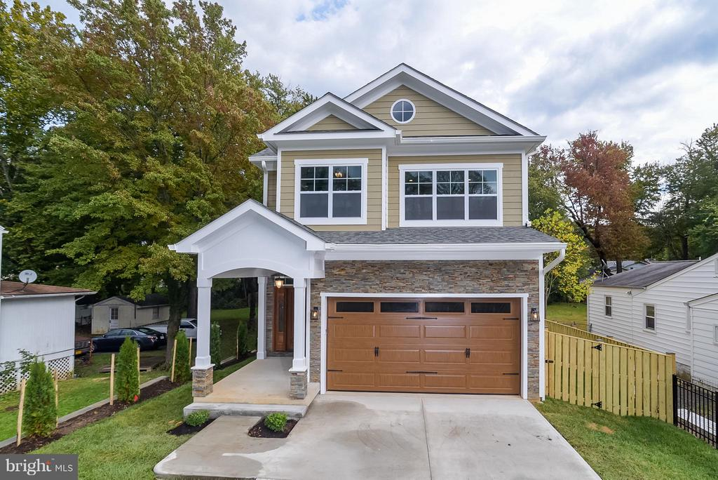 4019  ROBERTS ROAD, Fairfax, Virginia