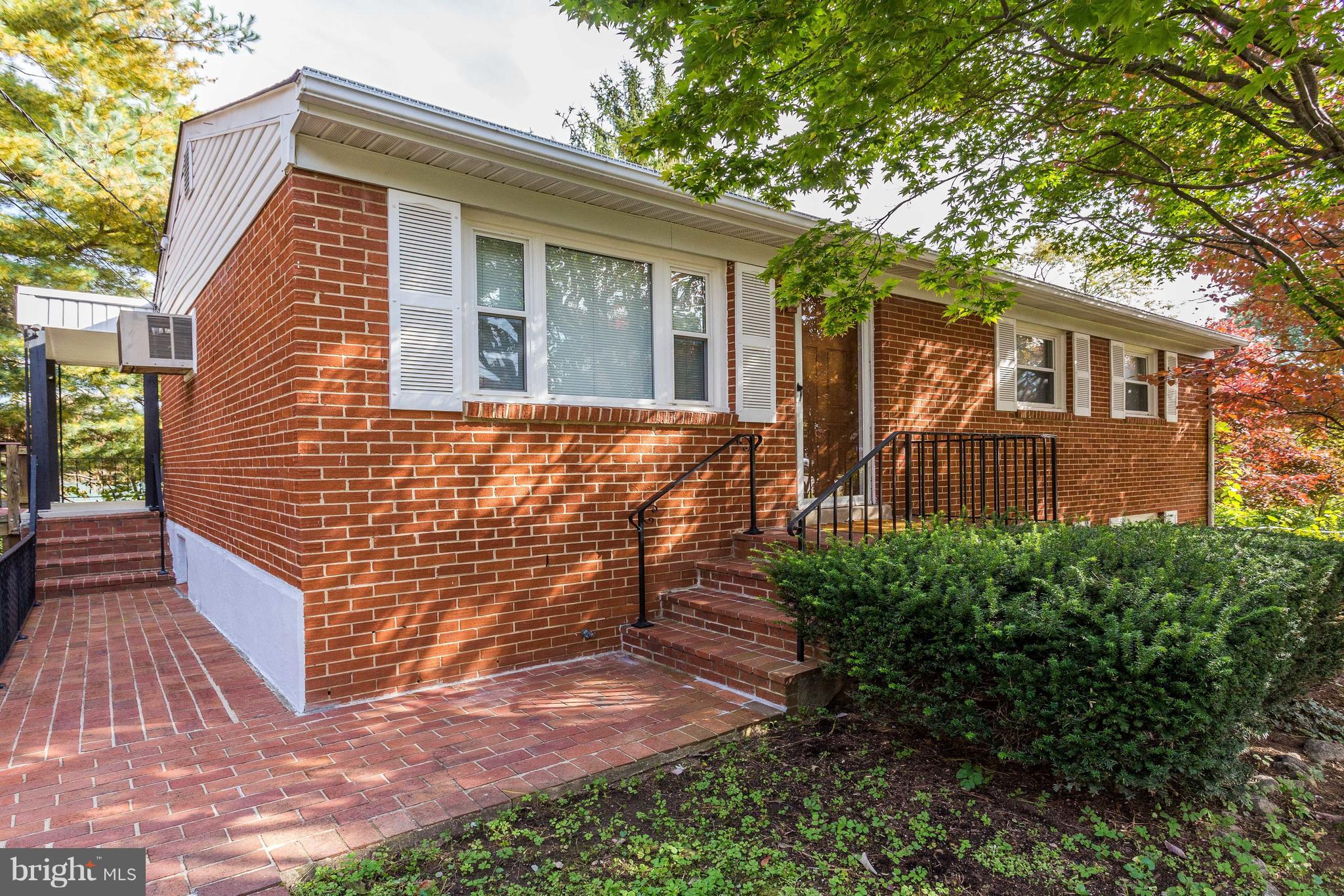 Handicap accessible w/ custom built ramp! 4BR/1.5BA brick ranch on a corner lot w/ easy access to 95! New roof! New windows! Hardwood floors throughout! 3BR/1BA on main! 1BR/.5BA in walkout basement w/ gas fireplace! Fenced yard w/ shed! More photos in tour! Call today for your private showing!