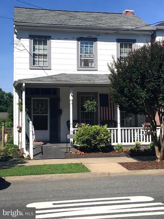1614 CAROLINE STREET, FREDERICKSBURG, VA 22401
