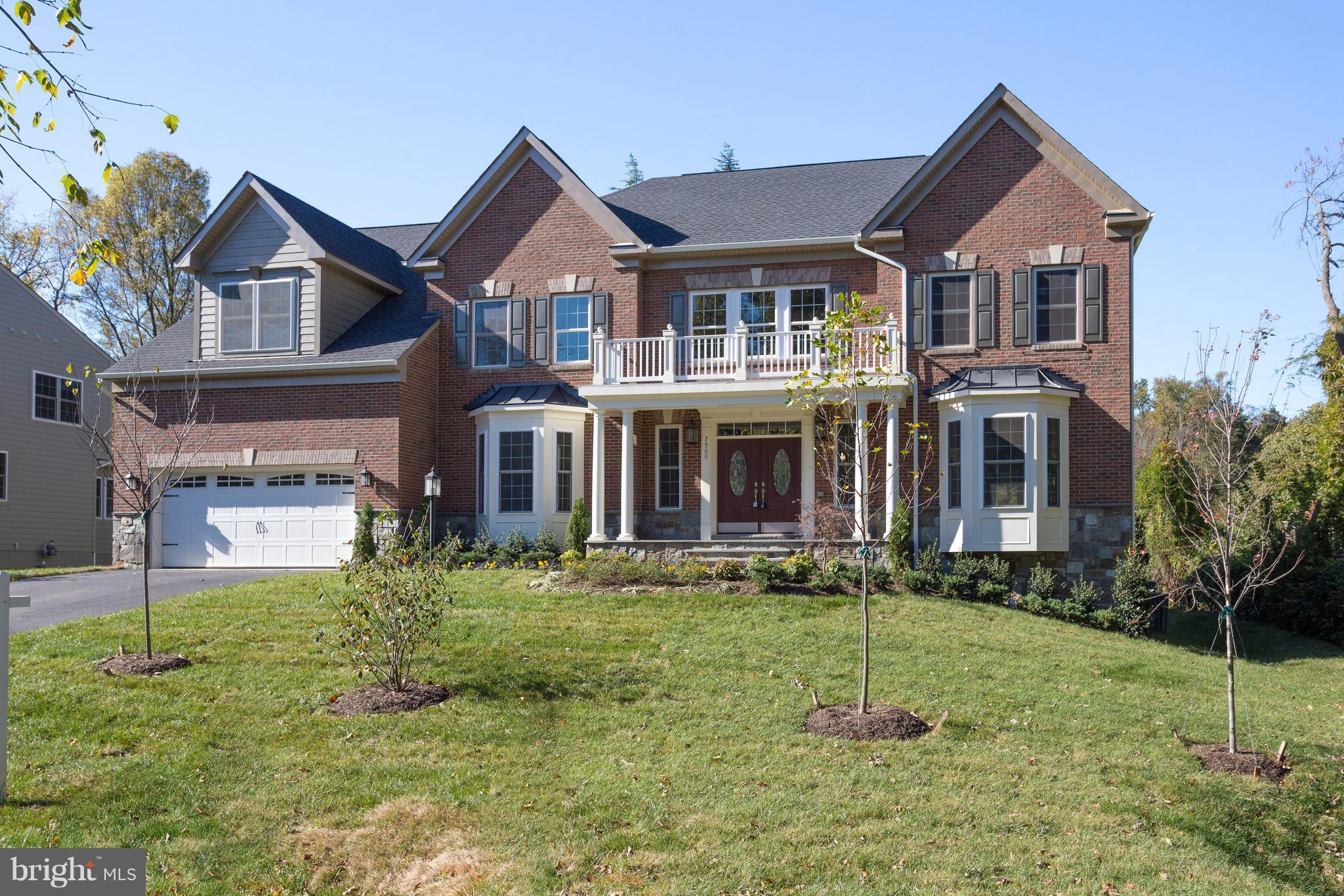 Sensational NEW CONSTRUCTION col w/6100+sqft built by NVP. 1 block to River Farm, a 25AC George Washington Farm great for walking and jogging! Elegant accents, trim work, coffered ceil, wood & more! Massive twin staircase, 2-story great rm w/frpl & wind wall, bright sun rm off chef's kit w/large isl & SS appls, authors lib, formal LR & DR. Luxurious master ste on UL & full fin walk-up LL.