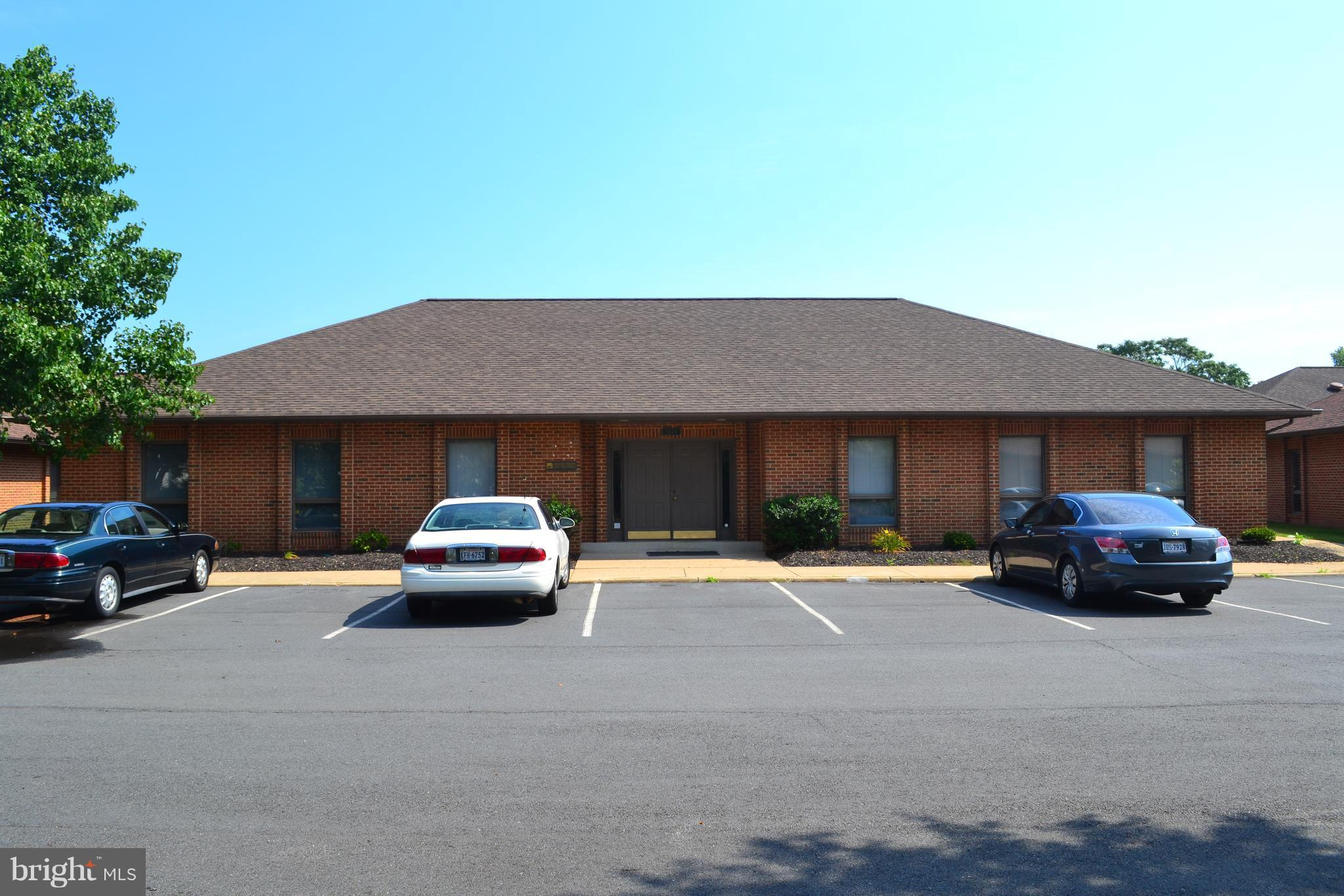 9274 CORPORATE CIRCLE, MANASSAS, VA 20110