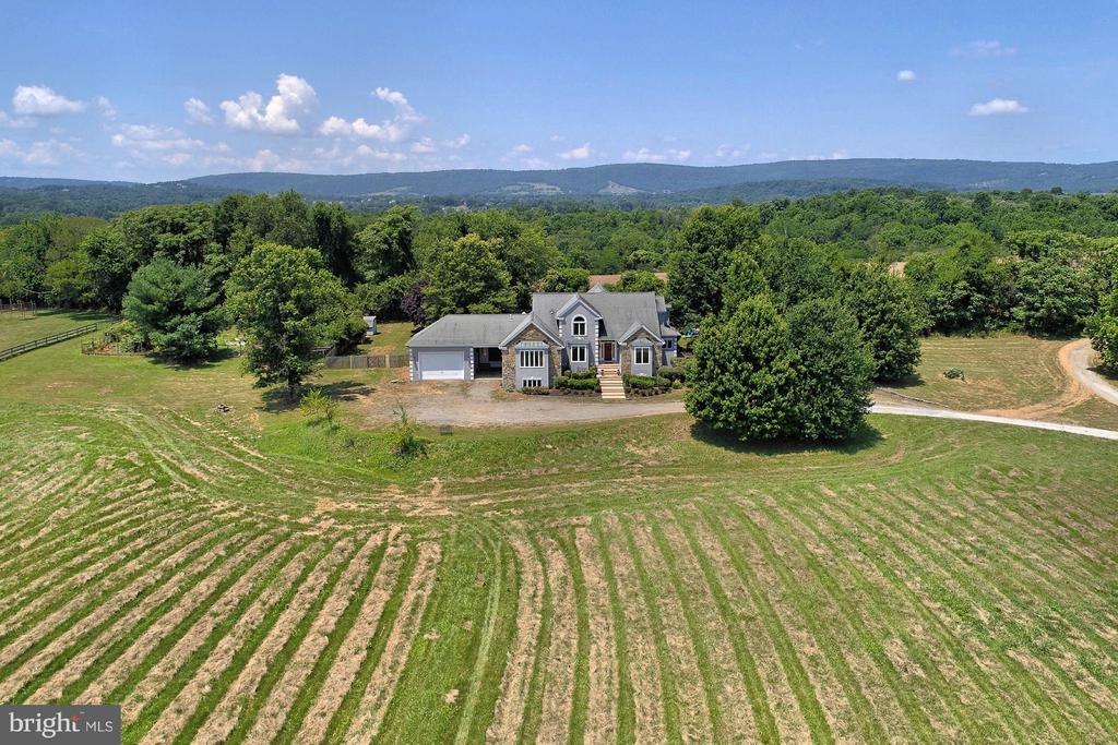 18001 TRANQUILITY ROAD, PURCELLVILLE, VA 20132