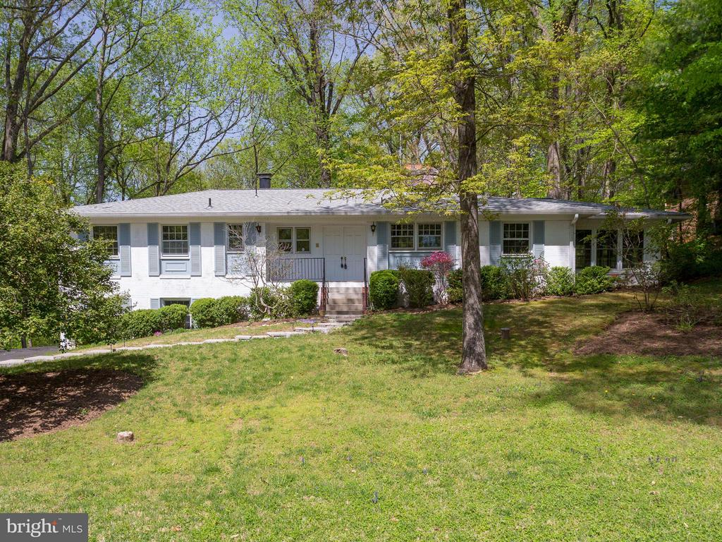 7828 Langley Ridge Rd, McLean, VA 22102