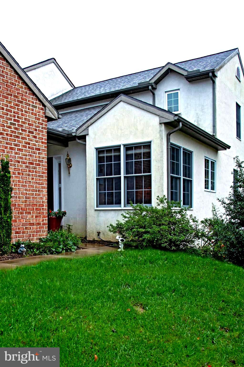510 THORNGATE PLACE, MILLERSVILLE, PA 17551